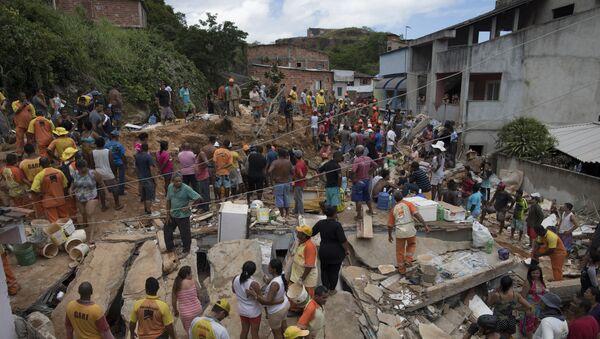 Deslizamiento de tierra en Río de Janeiro - Sputnik Mundo