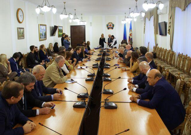 Observadores internacionales en Lugansk