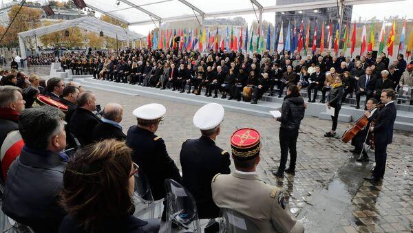 Ceremonia de la conmemoración del centenario del fin de la Primera Guerra Mundial en París - Sputnik Mundo