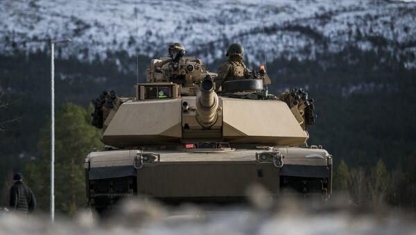 Marines estadounidenses en las maniobras de OTAN Trident Juncture 2018 en Noruega - Sputnik Mundo