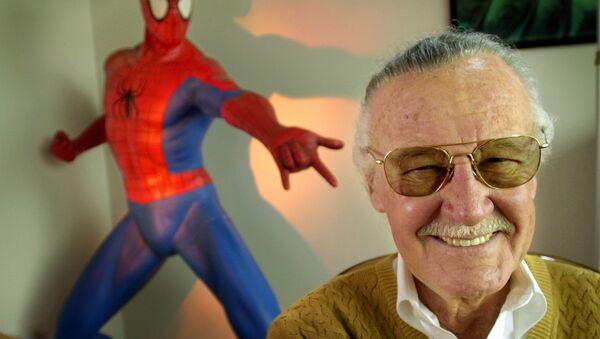 Stan Lee, uno de los creadores de los cómics de Marvel - Sputnik Mundo