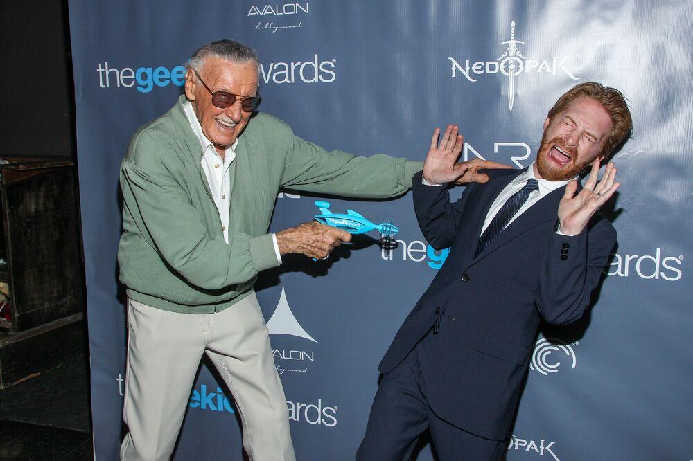 El legendario editor de Marvel Stan Lee: una vida en imágenes