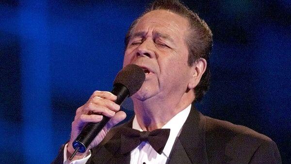 Lucho Gatica, el legendario cantante chileno - Sputnik Mundo