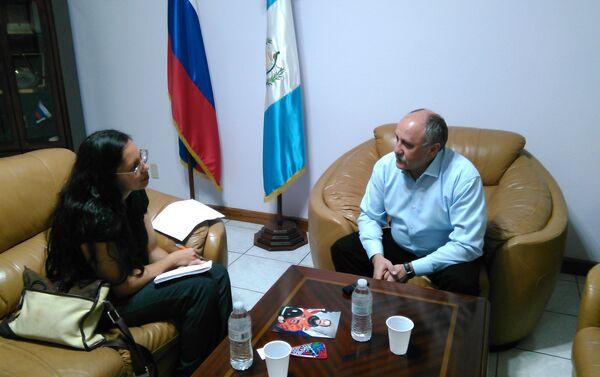 Yuri Usachov. Entrevista a Prensa Libre - Sputnik Mundo