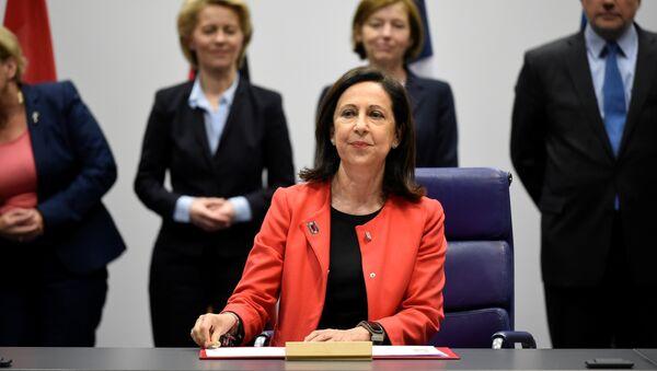 Margarita Robles, ministra de Defensa de España - Sputnik Mundo