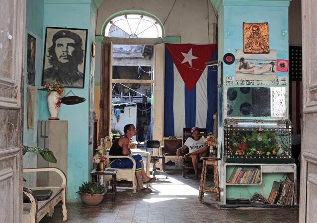 En un barrio residencial en la Habana, Cuba