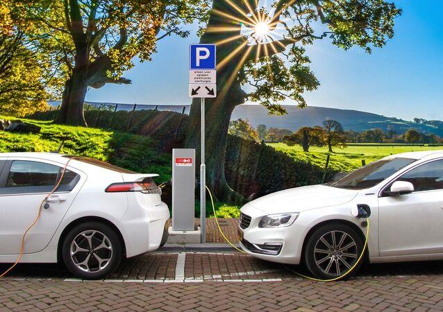 Autos eléctricos (imagen referencial)