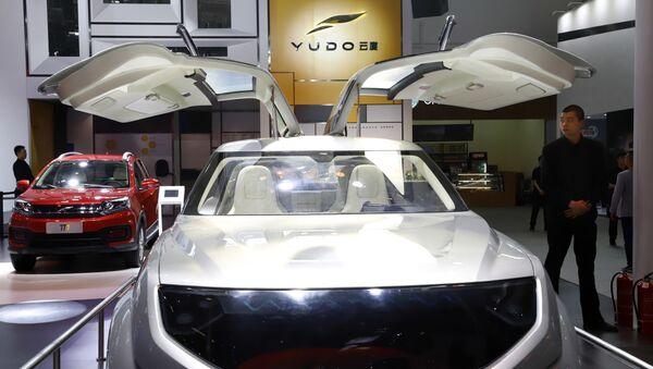 Un coche eléctrico chino de la empresa emergente YUDO - Sputnik Mundo