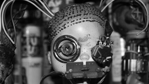 Bebe robot, imagen referencial - Sputnik Mundo