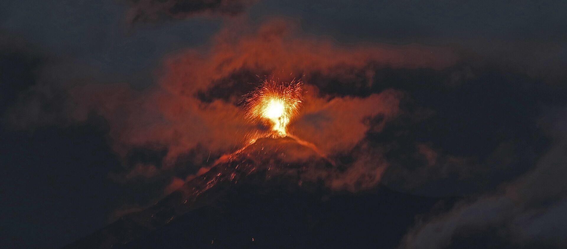 Erupción del volcán de Fuego en Guatemala - Sputnik Mundo, 1920, 12.11.2019