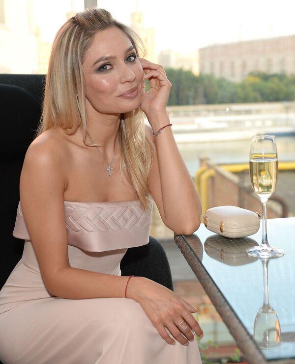 La revista Maxim elige a las rusas más sensuales - Sputnik Mundo