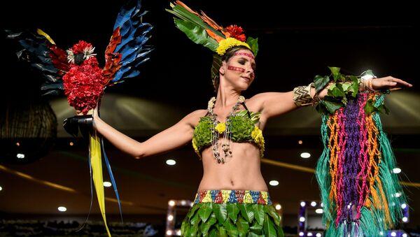 Colombia celebra un desfile de moda ecológica - Sputnik Mundo