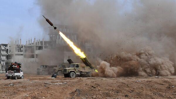 Lanzacohetes múltiples Golan-400 en Siria (archivo) - Sputnik Mundo