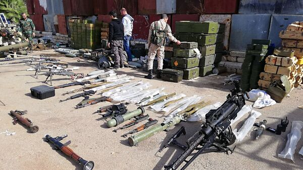 Descubren un almacén de terroristas en Siria - Sputnik Mundo