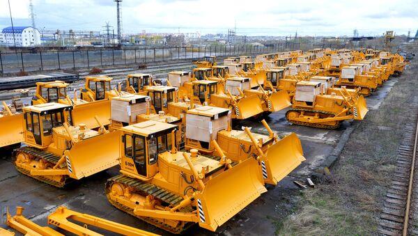 Maquinaria de la fábrica de tractores de Cheliábinsk, subsidiaria de Uralvagonzavod - Sputnik Mundo