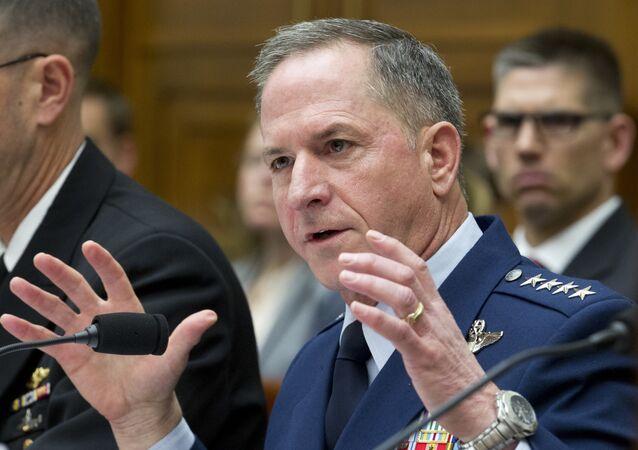 Jefe de Estado Mayor de la Fuerza Aérea, general David L. Goldfein