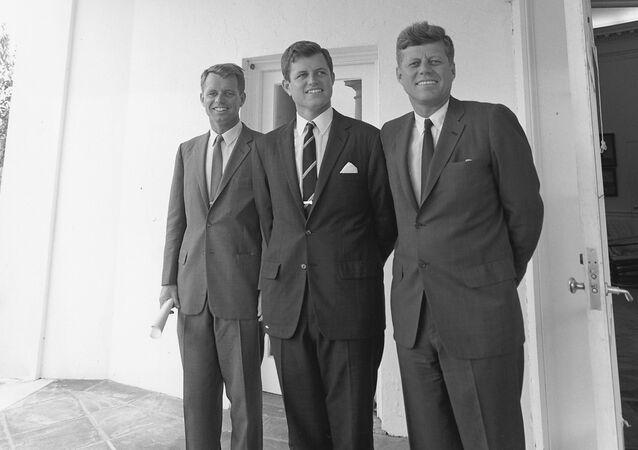 El presidente de Estados Unidos John F. Kennedy y sus hermanos, 1963
