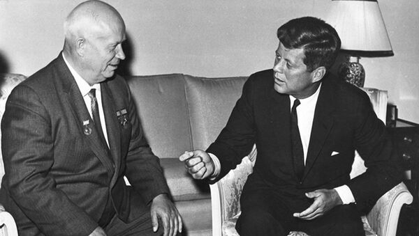 Встреча Джона Ф. Кеннеди с Никитой Сергеевичем Хрущевым в Вене, 4 июня 1961 года - Sputnik Mundo