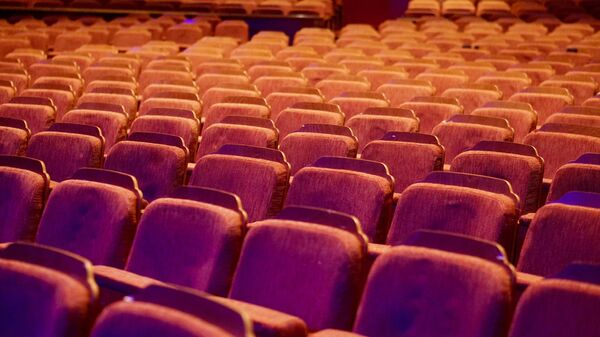 Una sala de cine, imagen referencial - Sputnik Mundo