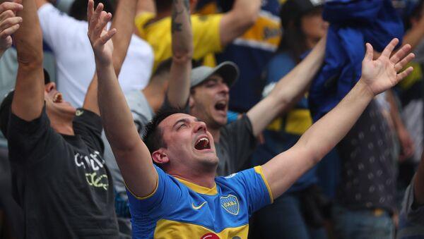 Hinchas de Boca en la primera fase de la final de la Copa Libertadores - Sputnik Mundo