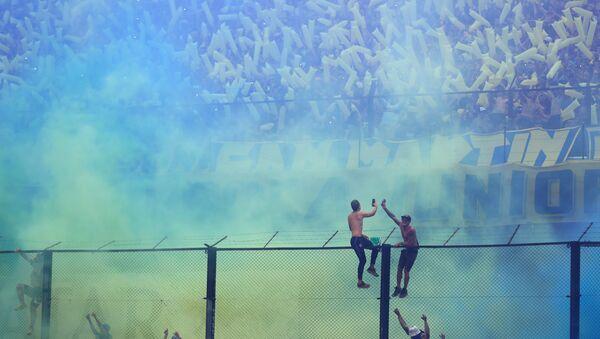 Las hinchas en el partido entre su equipo y River Plate en la final de la Copa Libertadores de América - Sputnik Mundo