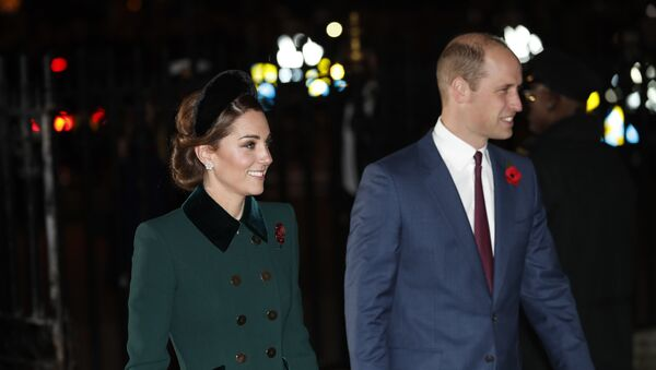 Kate Middleton, duquesa de Cambridge, y su marido, el príncipe Guillermo - Sputnik Mundo