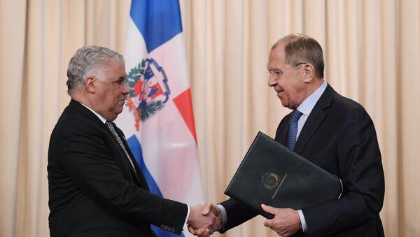 Canciller de la República Dominicana, Miguel Vargas, y su homólogo ruso, Serguéi Lavrov - Sputnik Mundo
