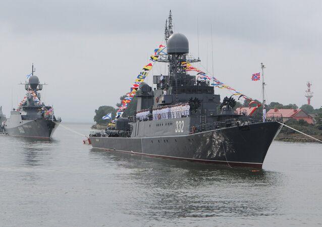 Buques de la Flota del Báltico, incluida la corbeta Stereguschi