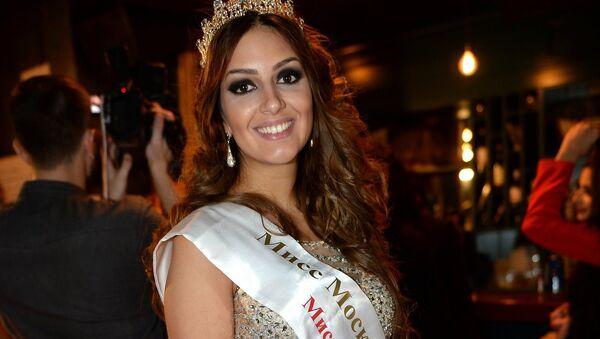 Oksana Voevodina, vencedora de la edición de 2015 del concurso Miss Moscú - Sputnik Mundo