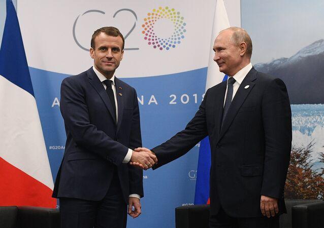 El presidente de Francia, Emmanuel Macron y el presidente de Rusia Vladímir Putin durante la cumbre del G20