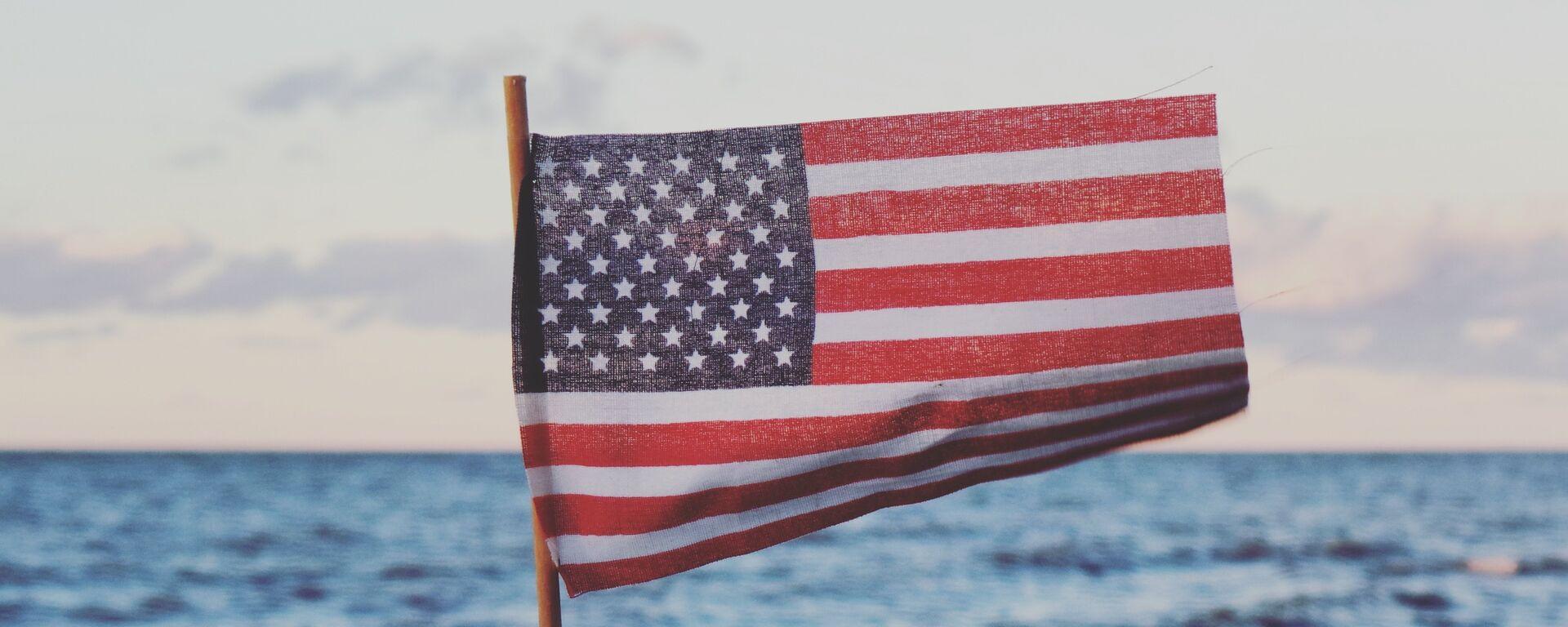 Bandera de EEUU - Sputnik Mundo, 1920, 22.06.2021