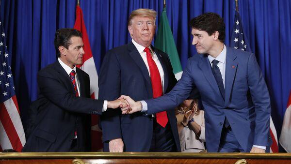 Enrique Peña Nieto, presidente de México, Donald Trump, presidente de EEUU y Justin Trudeau, primer ministro de Canadá - Sputnik Mundo