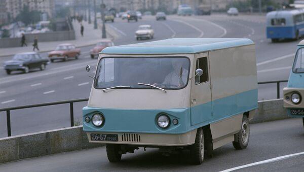 Uno de los primeros autos eléctricos de la URSS - Sputnik Mundo