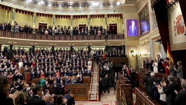 Felipe VI y la reina Letizia presiden el acto de conmemoración del 40 aniversario de la Constitución española en el Congreso - Sputnik Mundo