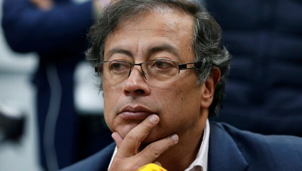 Gustavo Petro, excandidato a la presidencia y senador colombiano - Sputnik Mundo