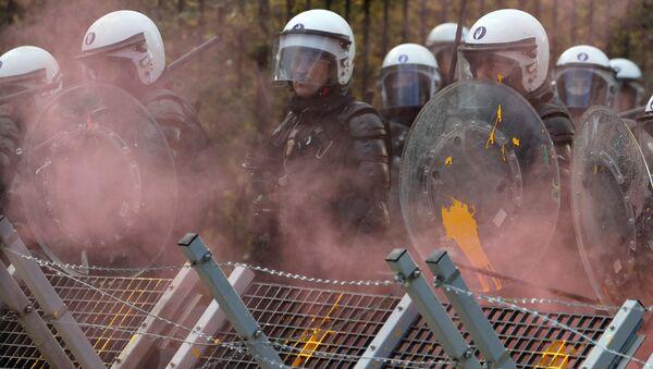 Protestas de 'chalecos amarillos' en Bruselas, Bélgica - Sputnik Mundo