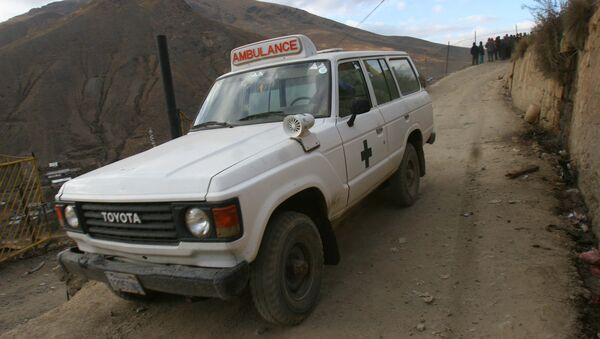 Ambulancia boliviana - Sputnik Mundo