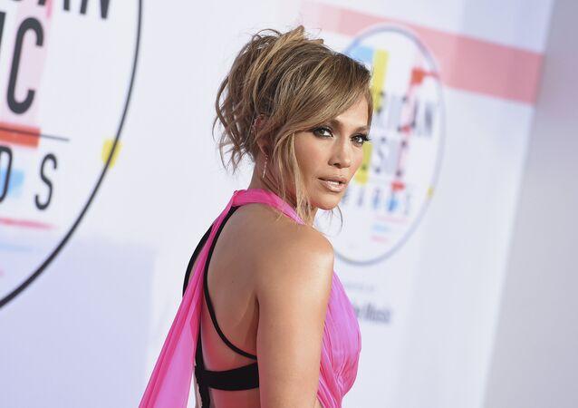 La cantante y actriz Jennifer López