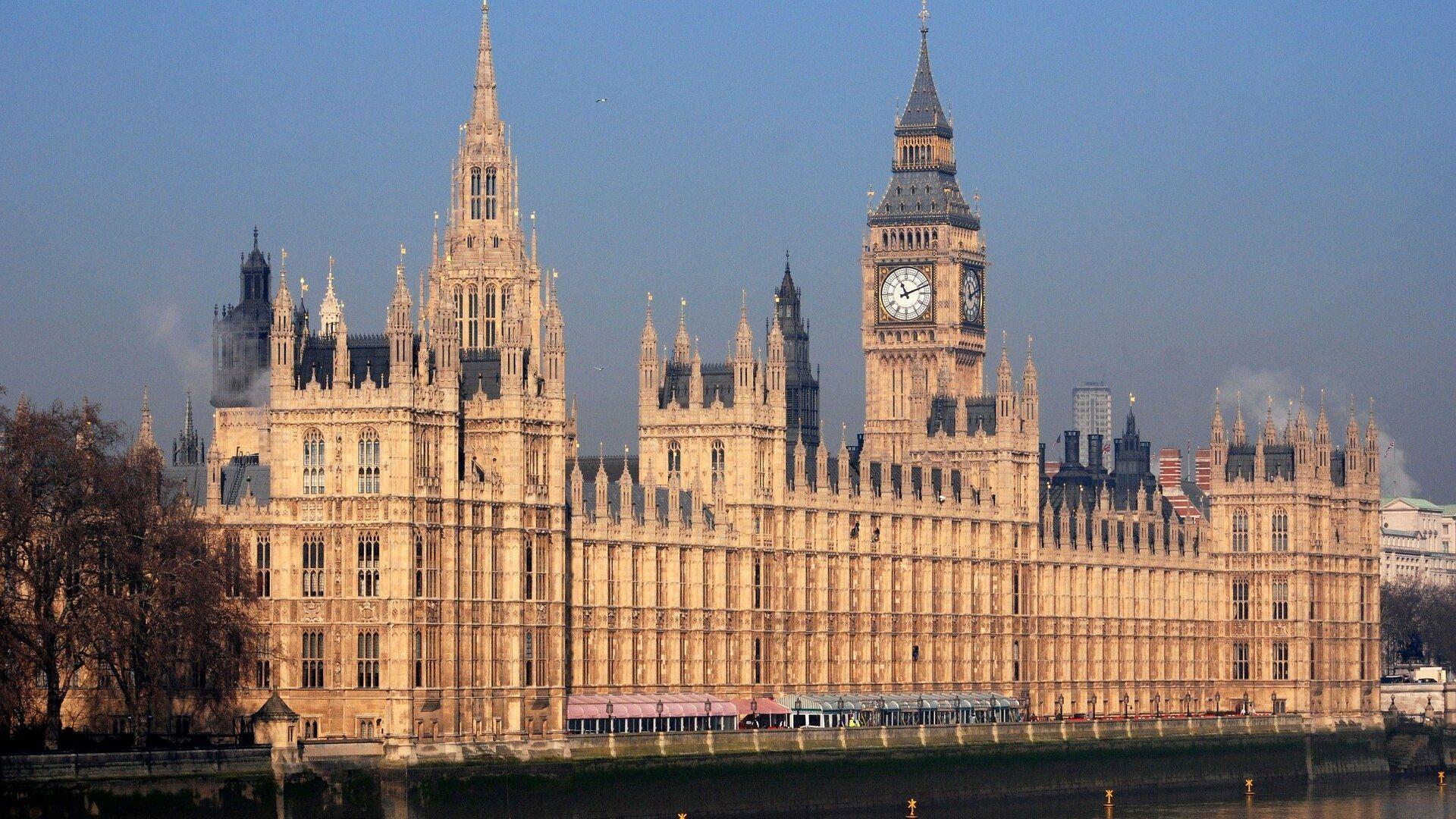 Palacio de Westminster, sede del Parlamento británico - Sputnik Mundo, 1920, 26.06.2021