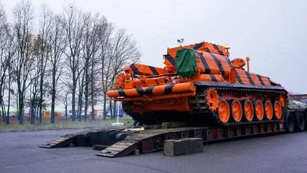 Vehículo blindado de reparación y evacuación basado en el tanque T-72 - Sputnik Mundo