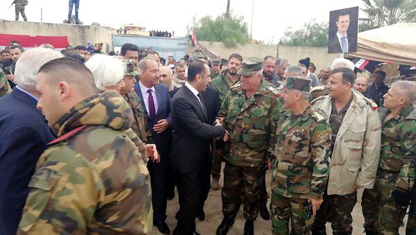Antiguos terroristas y desertores sirios vuelven a las filas del Ejército - Sputnik Mundo
