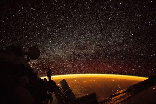 Estrellas y nebulosas: las fotos espaciales más espectaculares que nos deja el año - Sputnik Mundo
