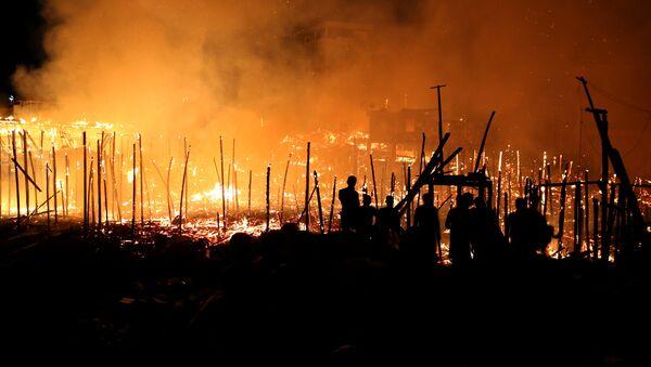 Incendio en Educandos, un barrio pobre de Manaos, Brasil - Sputnik Mundo