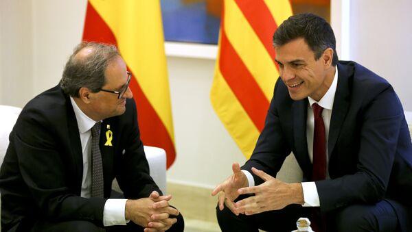 El presidente de la Generalitat, Quim Torra y el presidente del Gobierno español, Pedro Sánchez - Sputnik Mundo
