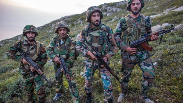 Los soldados sirios - Sputnik Mundo