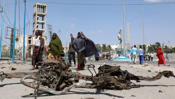 Lugar de la explosión en Mogadiscio, Somalia - Sputnik Mundo