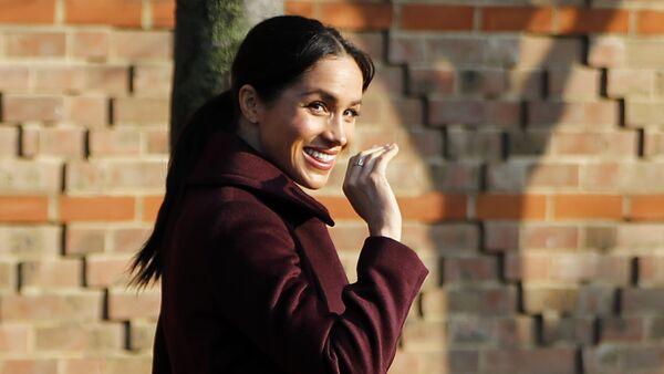 Meghan, duquesa de Sussex, se va del comedor popular Hubb - Sputnik Mundo