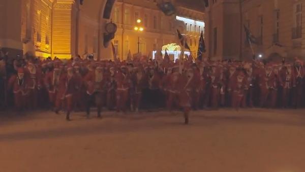 Miles de Papás Noel invaden San Petersburgo - Sputnik Mundo
