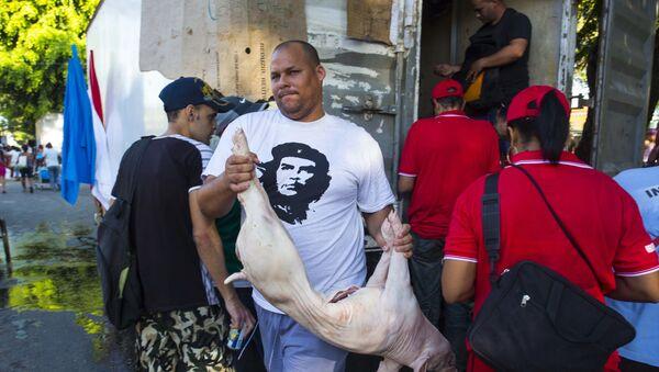 Venta de cerdo en Cuba - Sputnik Mundo