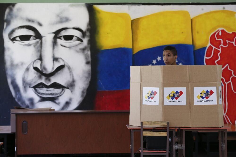 El 20 de mayo Venezuela celebró elecciones presidenciales, previstas inicialmente para diciembre de 2018, en las que el candidato oficialista Nicolás Maduro venció con más del 67% de los votos. Tanto el desarrollo de las elecciones como sus resultados causaron rechazo de muchos países del continente.